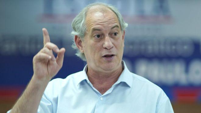 Na defesa da democracia, vamos tocar fogo na rua, diz Ciro