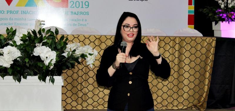 Picos | Escritora fala sobre autismo e emociona participantes no SaliVaG