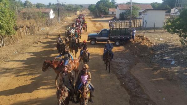 Cavalgada na festa dos vaqueiros de Aliança do Gurgueia