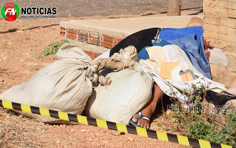 Moradores encontram homem morto no meio da rua em Paulistana