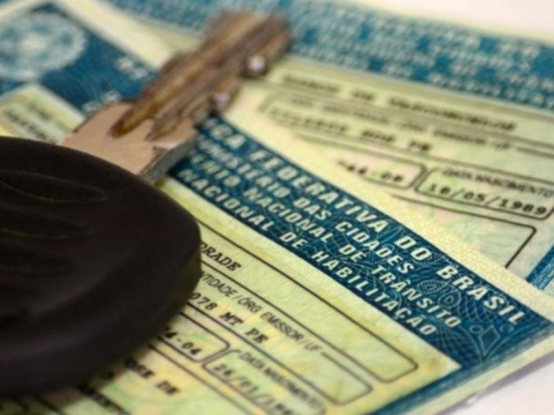 Começam hoje as novas regras para tirar carteira de habilitação