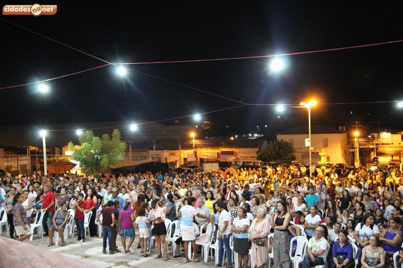JAICÓS | Primeira noite da Festa de Nossa Senhora das Mercês atrai multidão
