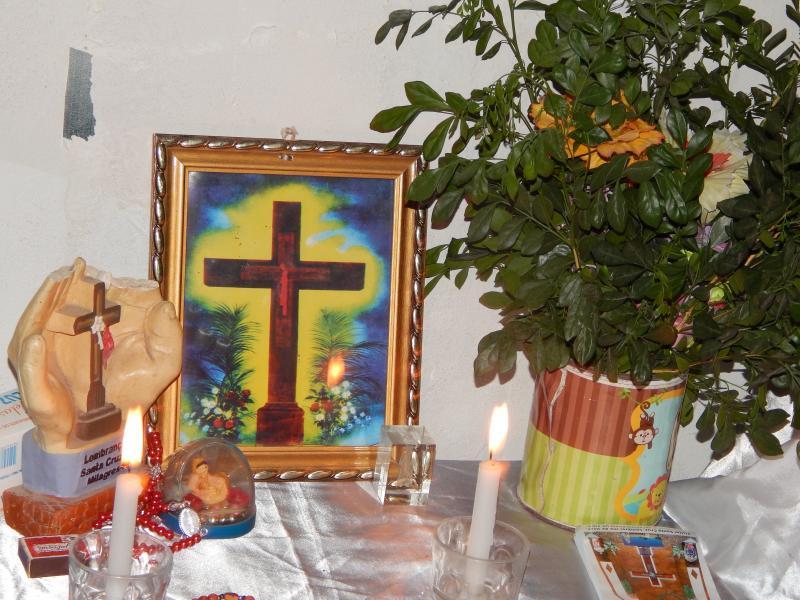 Rezas marcam o dia de Santa Cruz em Beneditinos