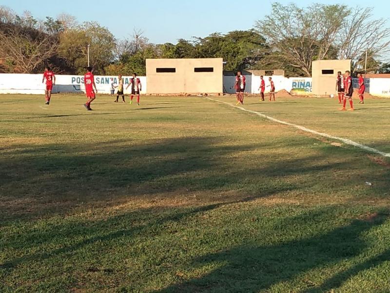 Torneio de futebol Jefferson Damasceno agita o FDS em Landri Sales