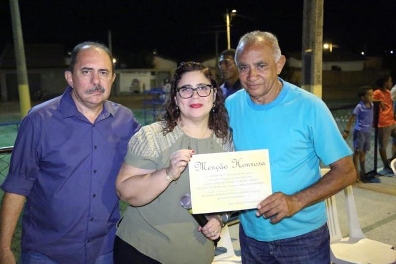Altos | Prefeita prestigia posse da diretoria da associação do B. Stª Inês