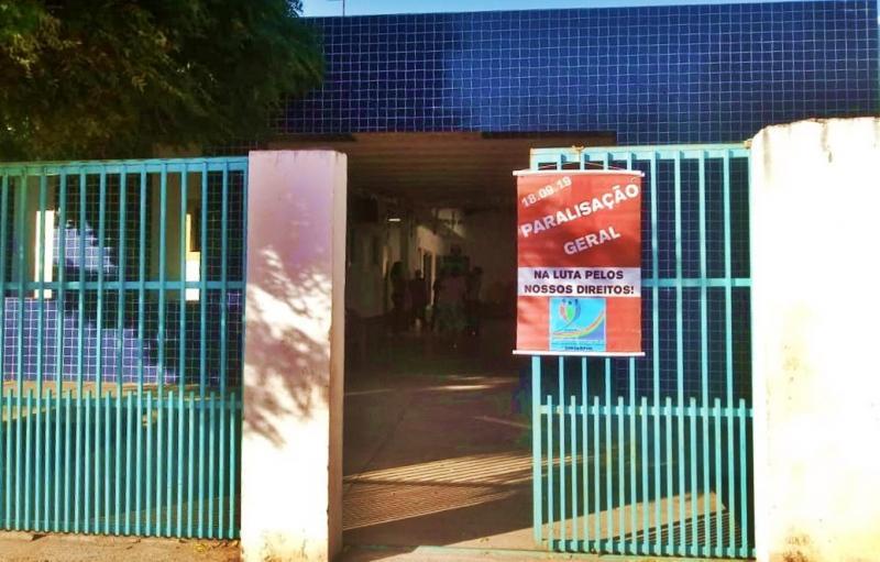 Servidores municipais da Educação e Saúde de Gilbués paralisam atividades