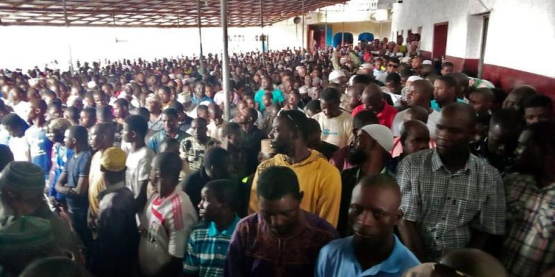 Incêndio em escola deixa 27 crianças mortas na Libéria