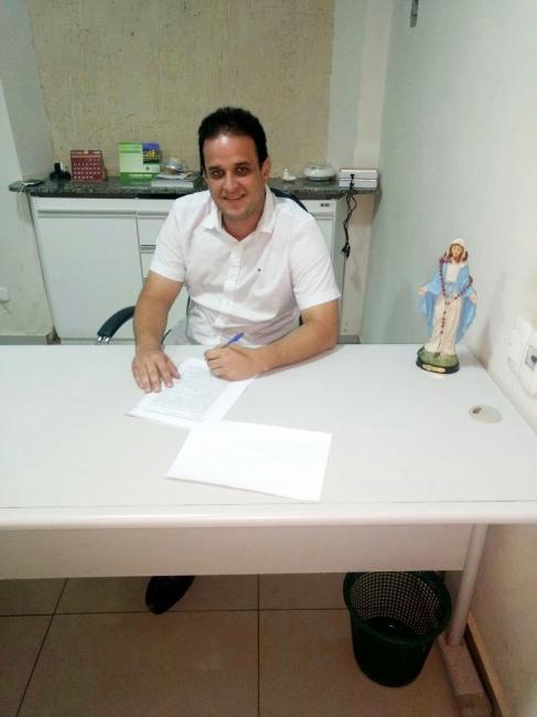Prefeitura e Funasa firmam convênio para obras sanitárias na zona rural de Amarante