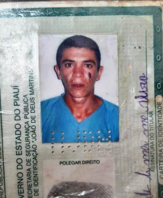 Homem é assassinado dentro de cemitério no Piauí