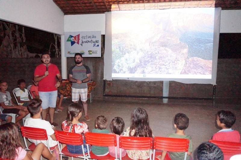 Cine Itinerante leva inclusão cultural para comunidades de Água Branca