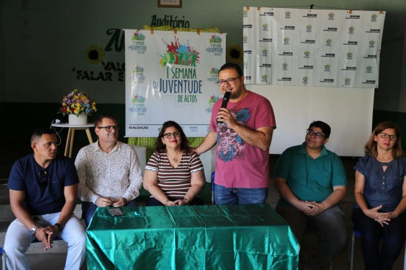 Altos: palestras e oficinas marcam abertura da I Semana da Juventude