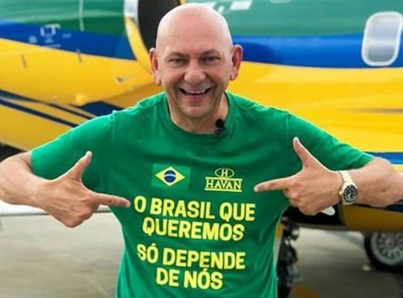 TSE multa dono da Havan por fazer propaganda para Bolsonaro dentro da loja