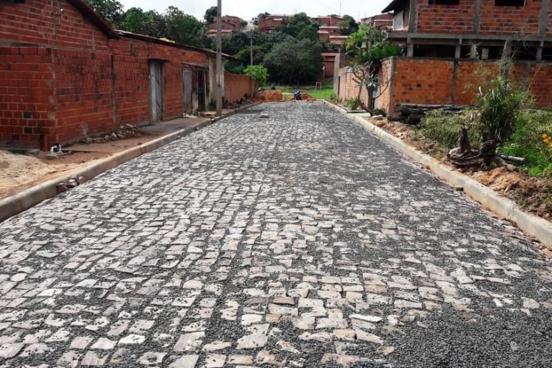 Teresina não tem ruas adequadas para circulação de pessoas