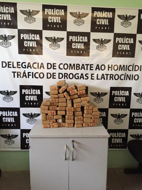 Mulher é presa transportando droga dentro de ônibus da Guanabara no Piauí