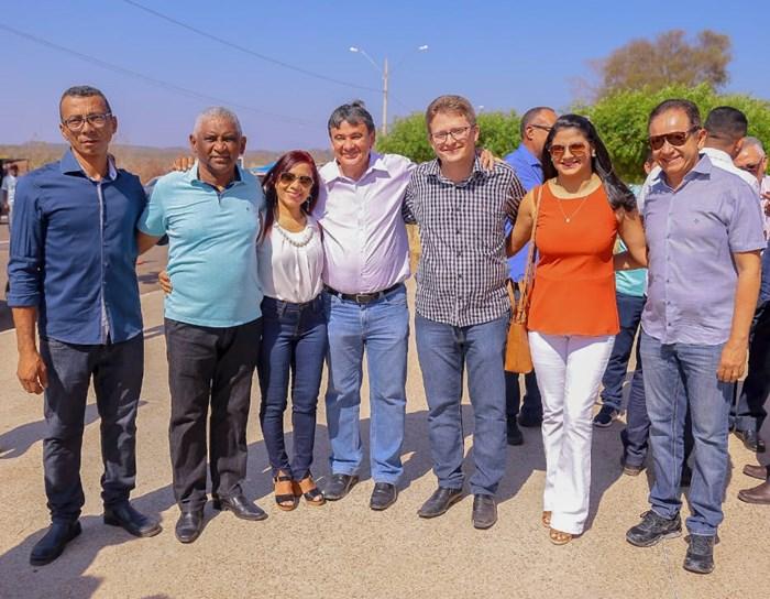 Wellington Dias visita obras e participa de Missa no Festejo da Exaltação