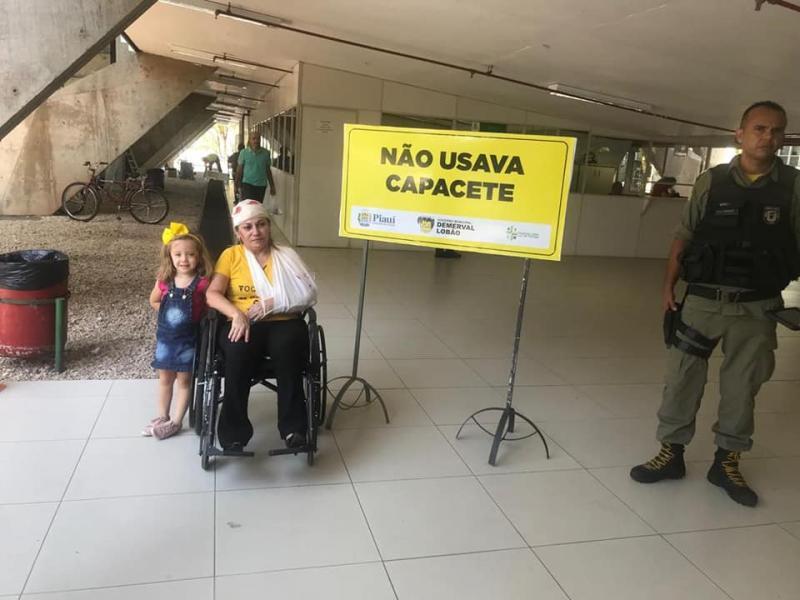 Hospital local participa de ação em alusão à Semana Nacional do Trânsito