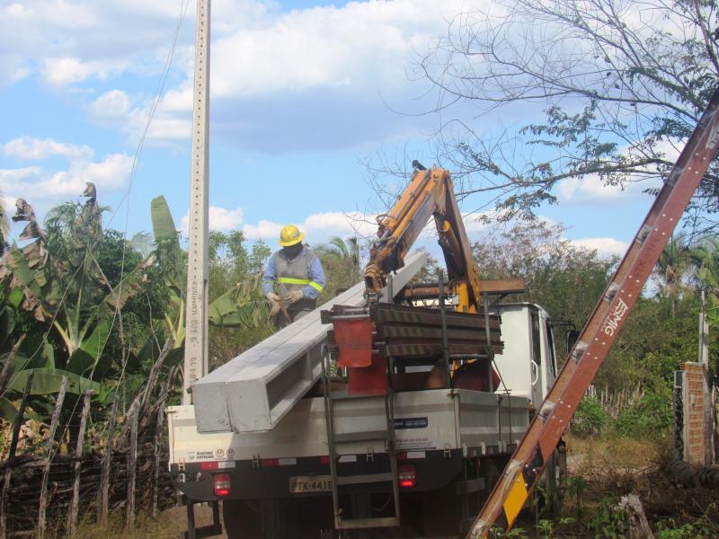 Prefeitura trabalha para melhorar energia elétrica em São João do Arraial