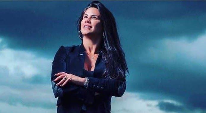 Morre cantora e mulher do ex-jogador Ceará