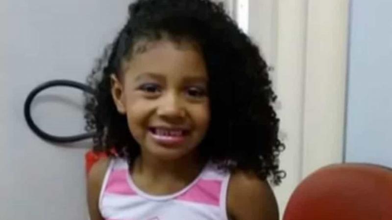 Após atrasos, menina baleada no Rio terá corpo enterrado