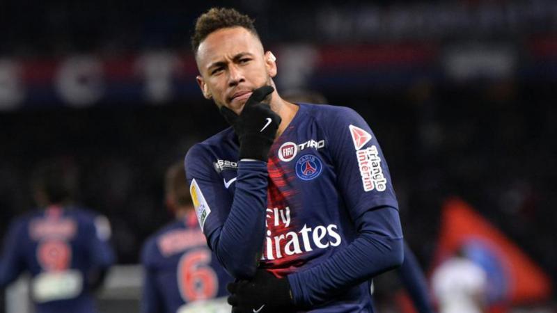Neymar festeja seu segundo gol na temporada: 'É bom para a confiança'