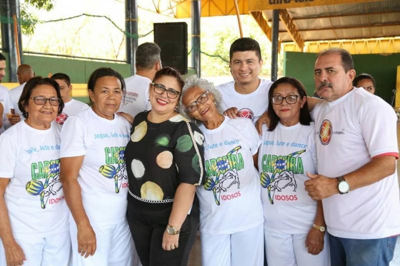 Prefeita participa do Festival Arte Capoeira em Altos