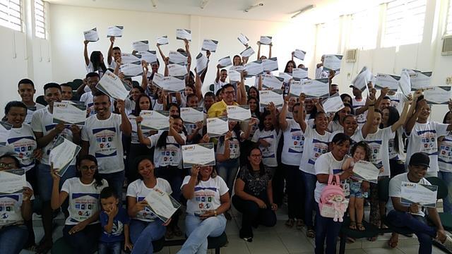 Francinópolis| Prefeitura realiza a entrega de certificados de informática