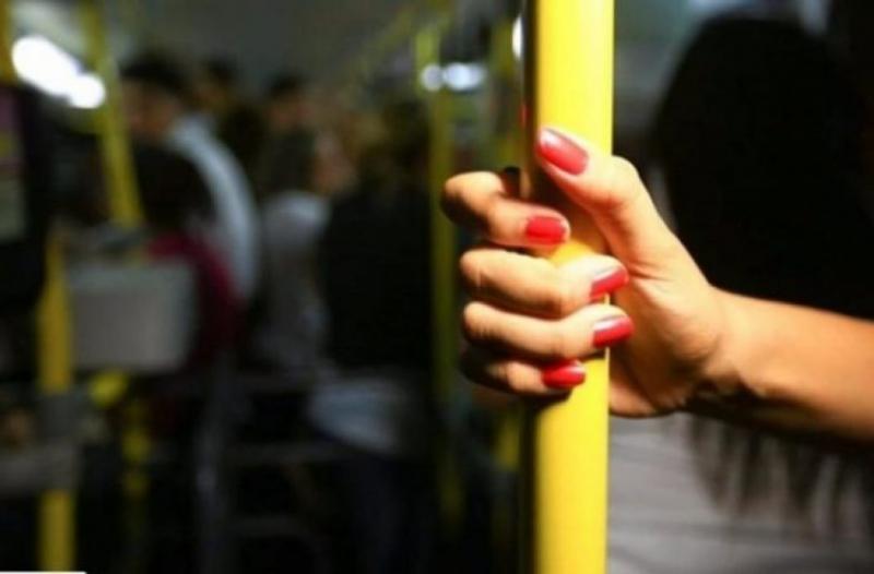 Lei será sancionada para evitar abusos contra passageiras de ônibus