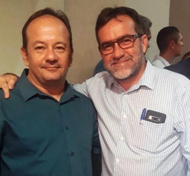 Zé Raimundo participa de ato de filiação do deputado Átila Lira em Teresina