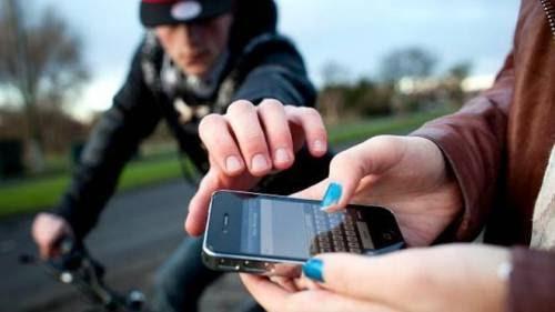 Jovem toma de assalto celulares em Cabeceiras