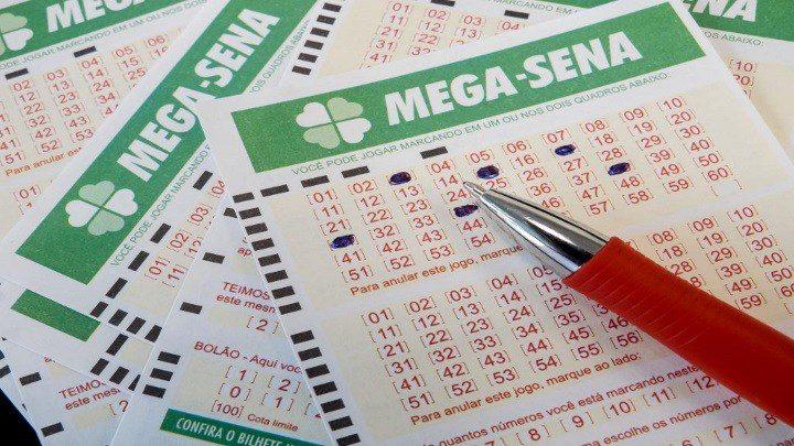 Mega-Sena poderá pagar prêmio de R$ 44 milhões hoje