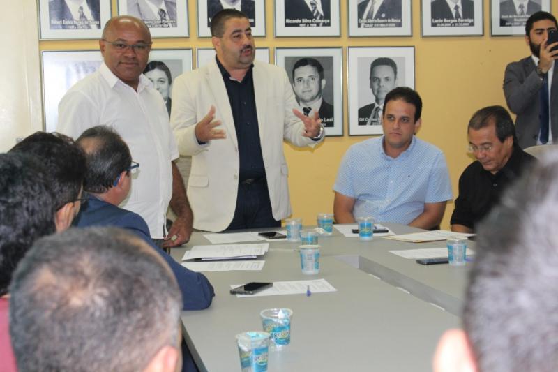 Antonio Neto assume presidência da AMPAR e fala de fortalecimento