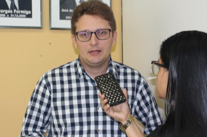 Dr. Wilney participa da posse da presidência da AMPAR e fala sobre gestão