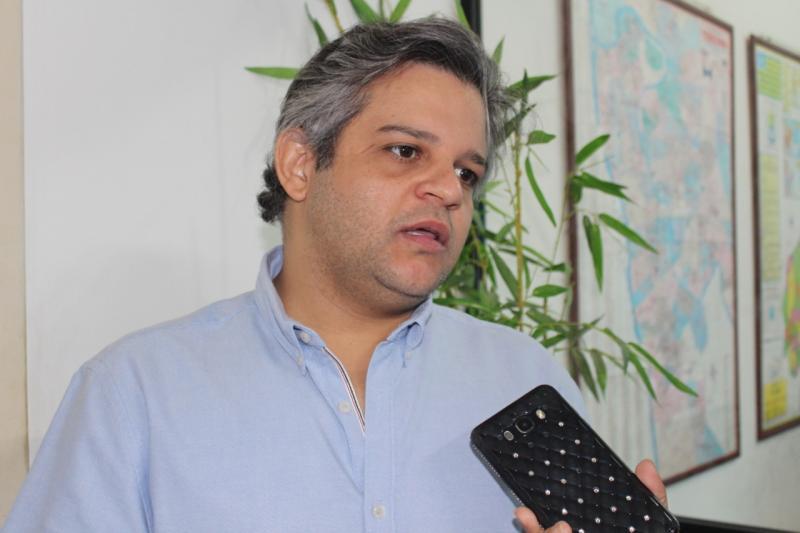Prefeito de Miguel Leão participou da posse da presidência da AMPAR