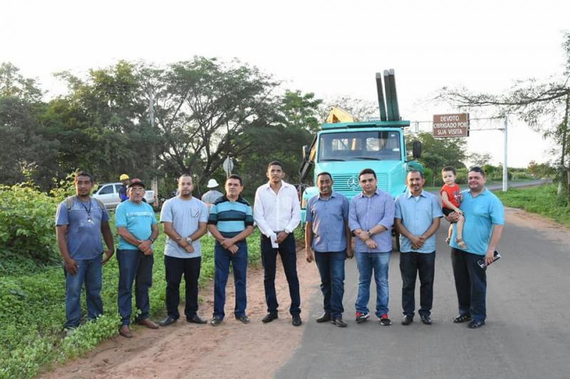 Joel Rodrigues visita obras de implantação de iluminação pública na Avenida São Pio