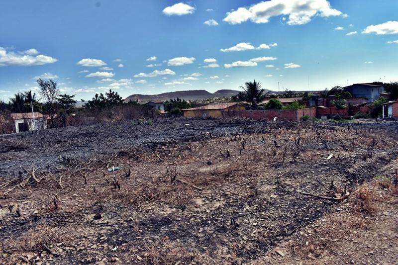 Vendem-se lotes de terras com facilidades de pagamento na zona urbana