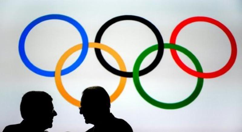 Comitê Olímpico adia criação de novas regras sobre transgêneros no esporte