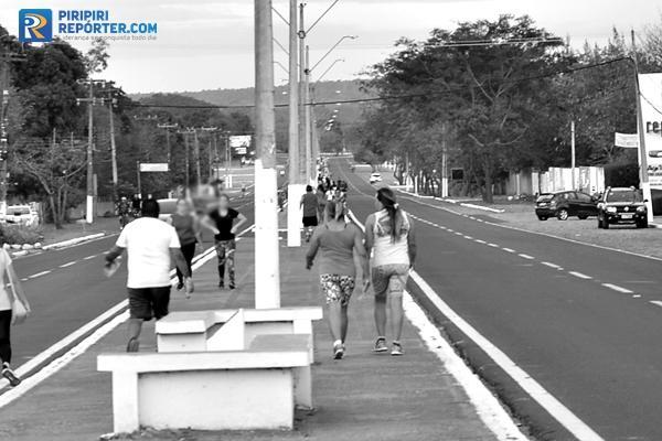 Jovem tem moto furtada enquanto fazia caminhada em Piripiri