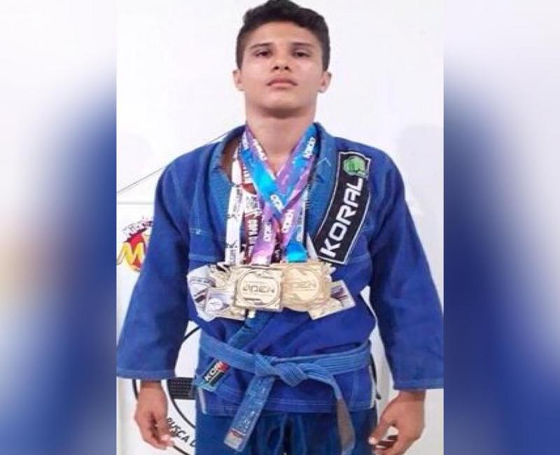 Atleta faz campanha para participar de sul-americano de jiu-jitsu