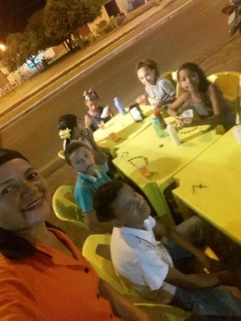 Empresario Marcio Valentina realiza mega ação social com alunos carentes