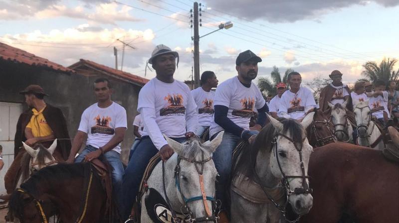 Cavalgada reúne centenas de pessoas em Francinópolis