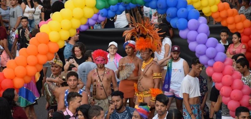XIII Parada da Igualdade reúne milhares de pessoas em Picos