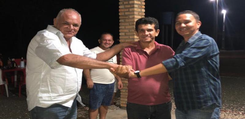 Em Sigefredo Pacheco, união de ex-prefeitos movimenta cenário para 2020