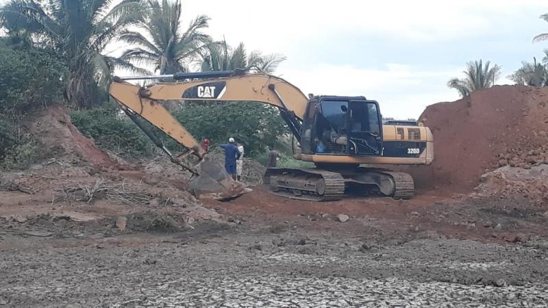 Prefeitura de São João do Arraial inicia recuperação do açude do Pajeú