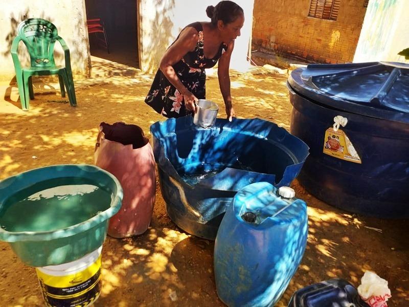Parnaguá   População reclama por dificuldade em abastecimento de água