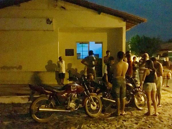 Bandidos arrombam cofre de agência dos Correios no Piauí
