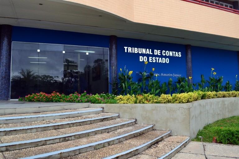 TCE/PI determina o bloqueio de contas de prefeituras e câmaras