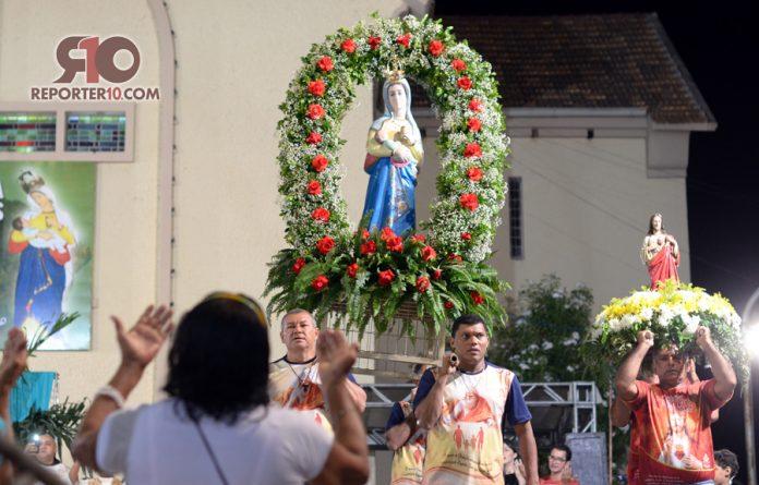 Milhares de fiéis participam da 1ª novena de Nossa Senhora dos Remédios