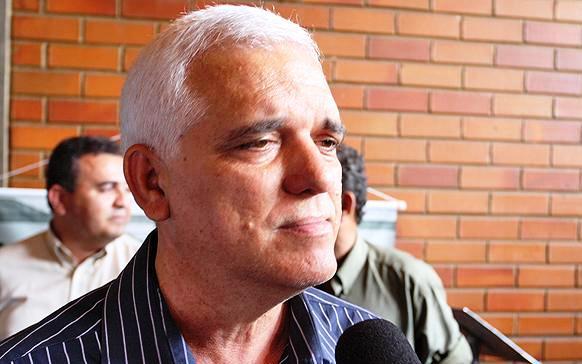 """""""Dr. Pessoa só não será candidato se morrer"""", diz Themístocles à imprensa"""