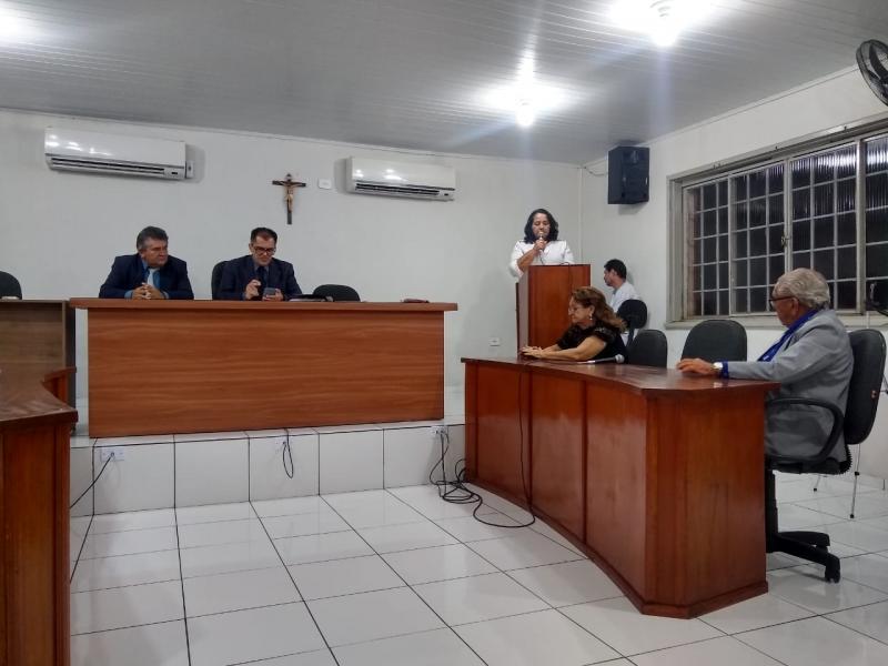 Vereadora Cândida Aguiar fala sobre a importância de suas reivindicações
