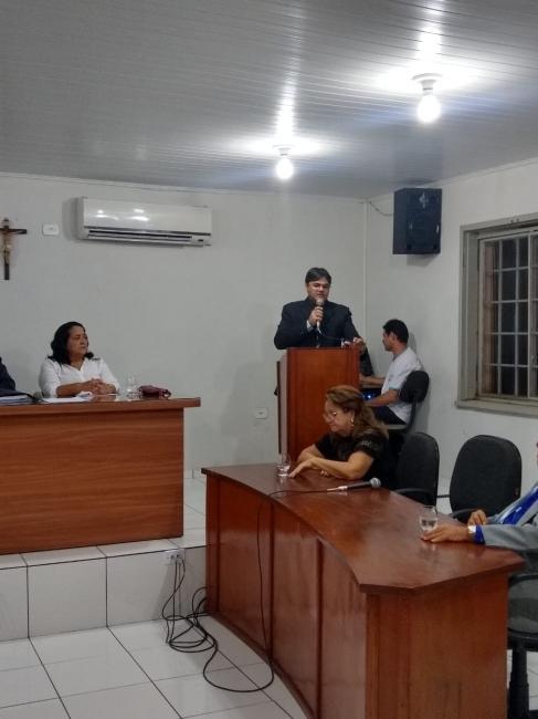 Vereador Alenildo Melo se solidariza com a Vereadora Cléia Pimentel